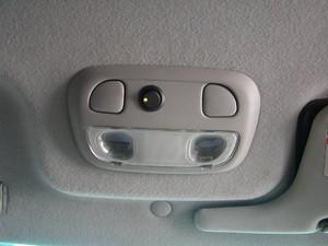 ヘッドレストモニター用主電源スイッチ