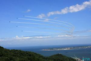 小松島港祭りブルーインパルス展示飛行2日目