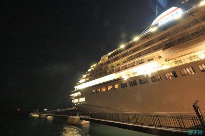 飛鳥II サンポート高松初入港