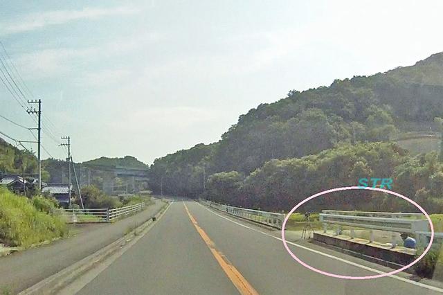 丸亀市飯山町東坂元 県道18号上り車線 高松自動車道高架付近でのネズミ捕り